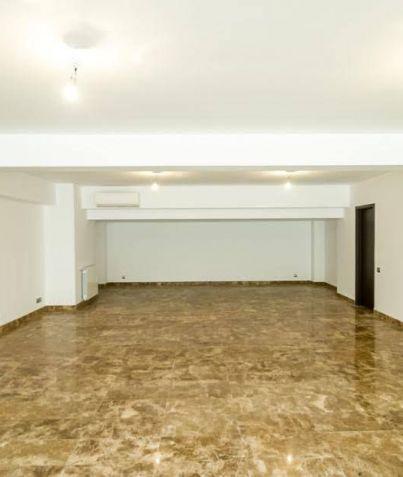3 terase circulabile ** 4 etaje ** 5 locuri de parcare subterane